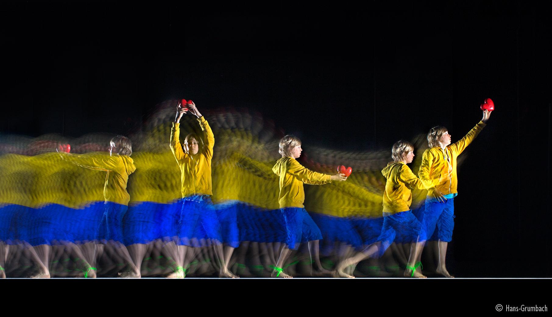 Mouvements de danse avec le procédé Motion Sculpture. Conseil Général de la Meuse
