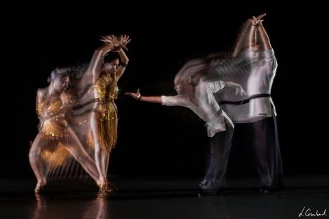 Fresque de danse sportive de Cergy Danse par procédé de motion sculpture (MSL) et Light Modeler. Illustration du mouvement. Cergy Sport Dance fresco using motion sculpture processand light modeler